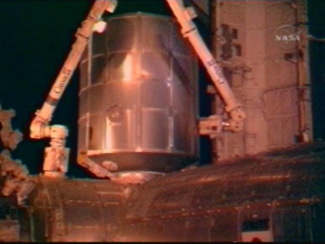 [STS-126] Endeavour : La mission - Page 4 Vlcsna22