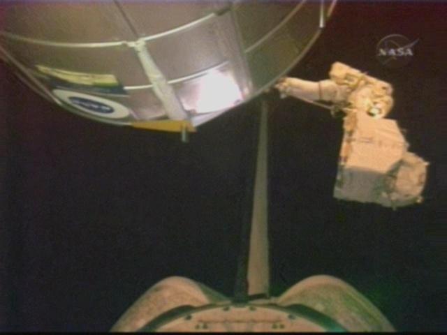 [STS-126] Endeavour : La mission - Page 5 Vlcsna24