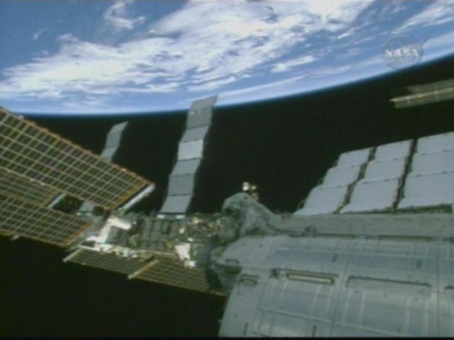 [STS-126] Endeavour : La mission - Page 5 Vlcsna30
