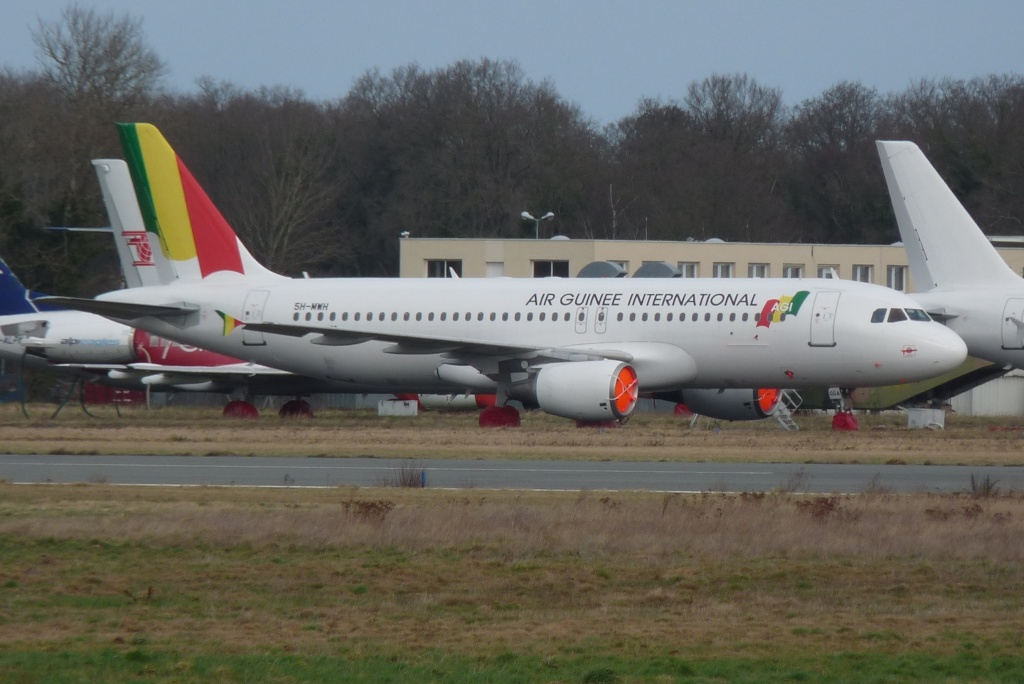 [Topic unique] Aéroport de Dinard Pleurtuit-Saint-Malo (LFRD): Le Fil rouge...   A320_510