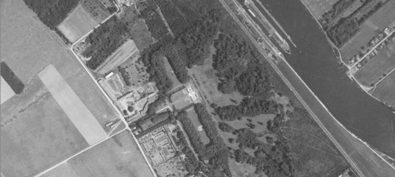 Les ouvrages disparus que Google Earth ne vous montrera plus... Chatea12