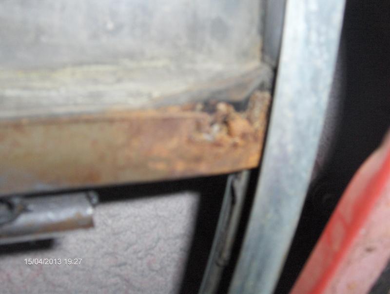 Chaussure de vitre latérale arrière - Page 2 Hpim2810