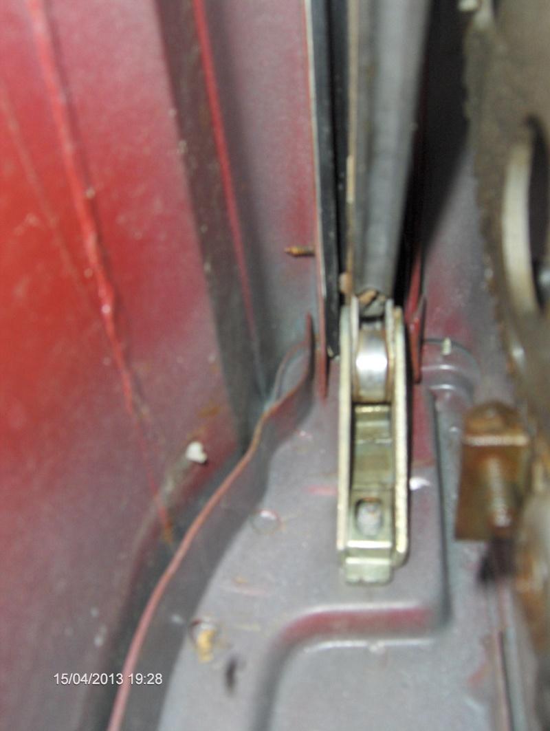 Chaussure de vitre latérale arrière - Page 2 Hpim2814