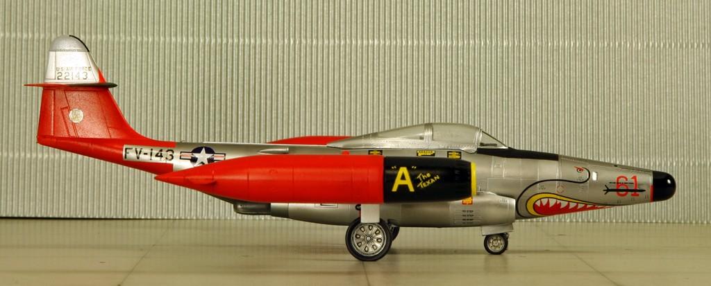 "Northrop F-89D ""Scorpion"" (1:72 - Academy) Img_7928"