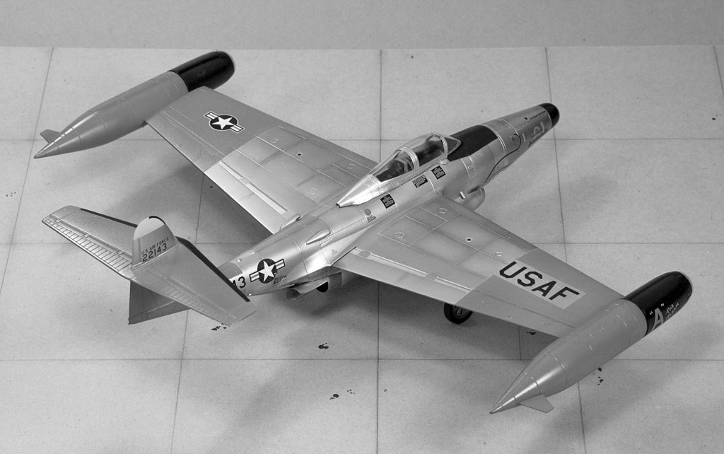 "Northrop F-89D ""Scorpion"" (1:72 - Academy) Img_7929"