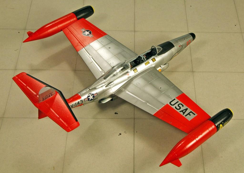 "Northrop F-89D ""Scorpion"" (1:72 - Academy) Img_7933"