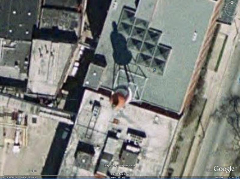 Ketchup géant à Collinsville, Illinois - USA Bourbo11