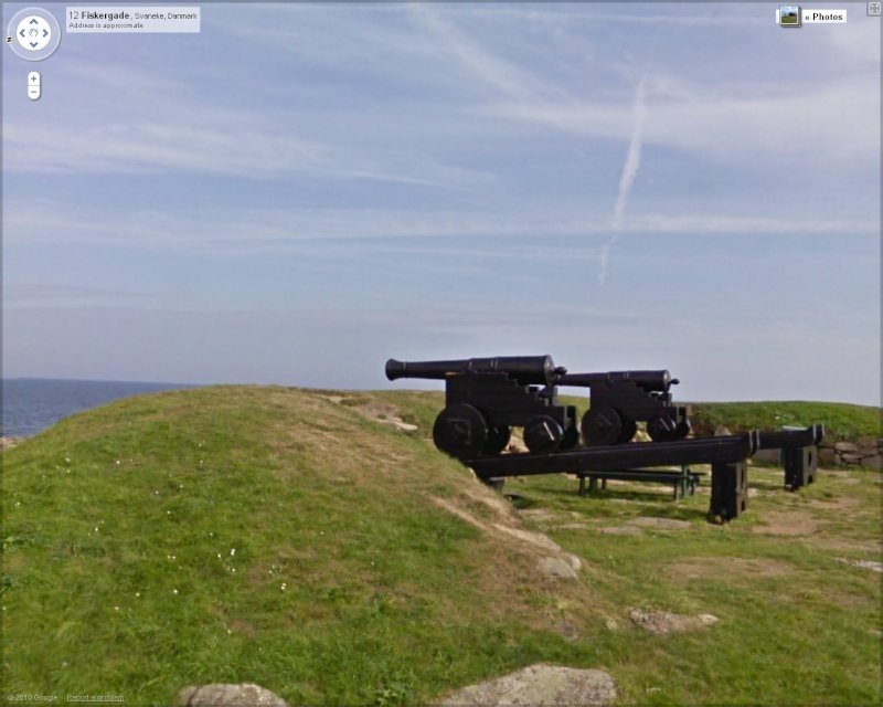 STREET VIEW : Canons Canons10