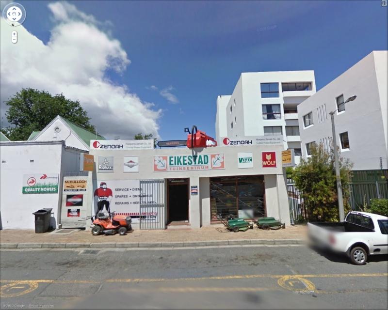 STREET VIEW : les façades de magasins (Monde) Tronco11