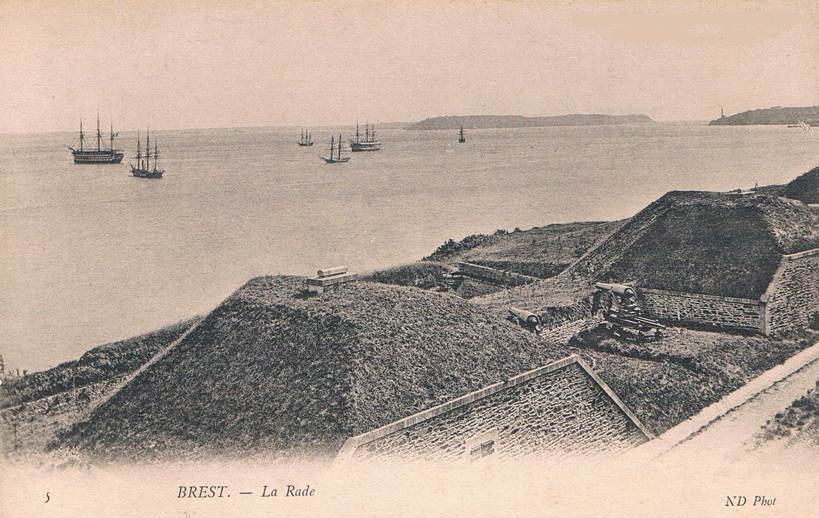 NEW - Brest et ses remparts - Page 2 29019f10
