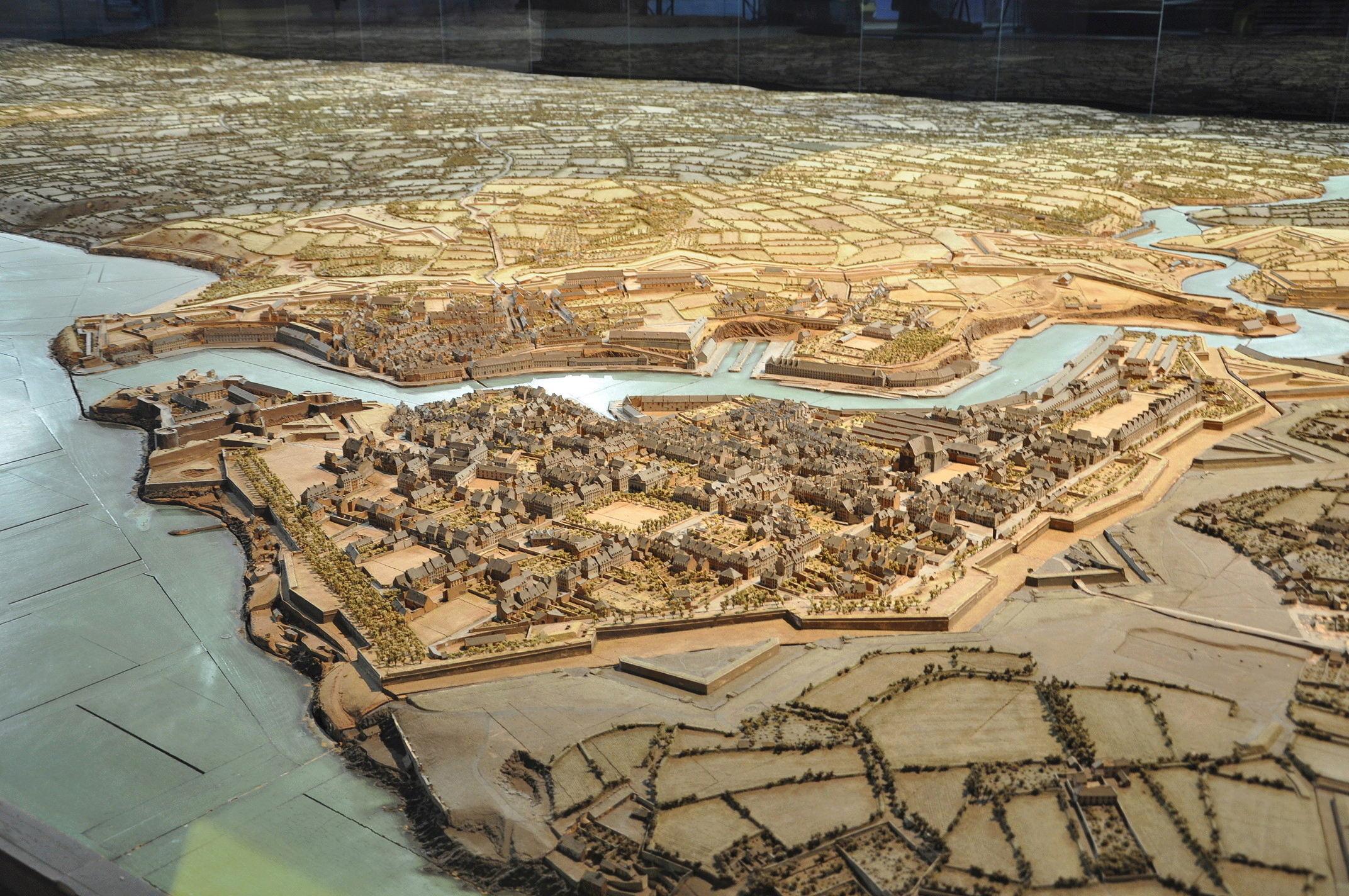 NEW - Brest et ses remparts - Page 2 Dsc_2413