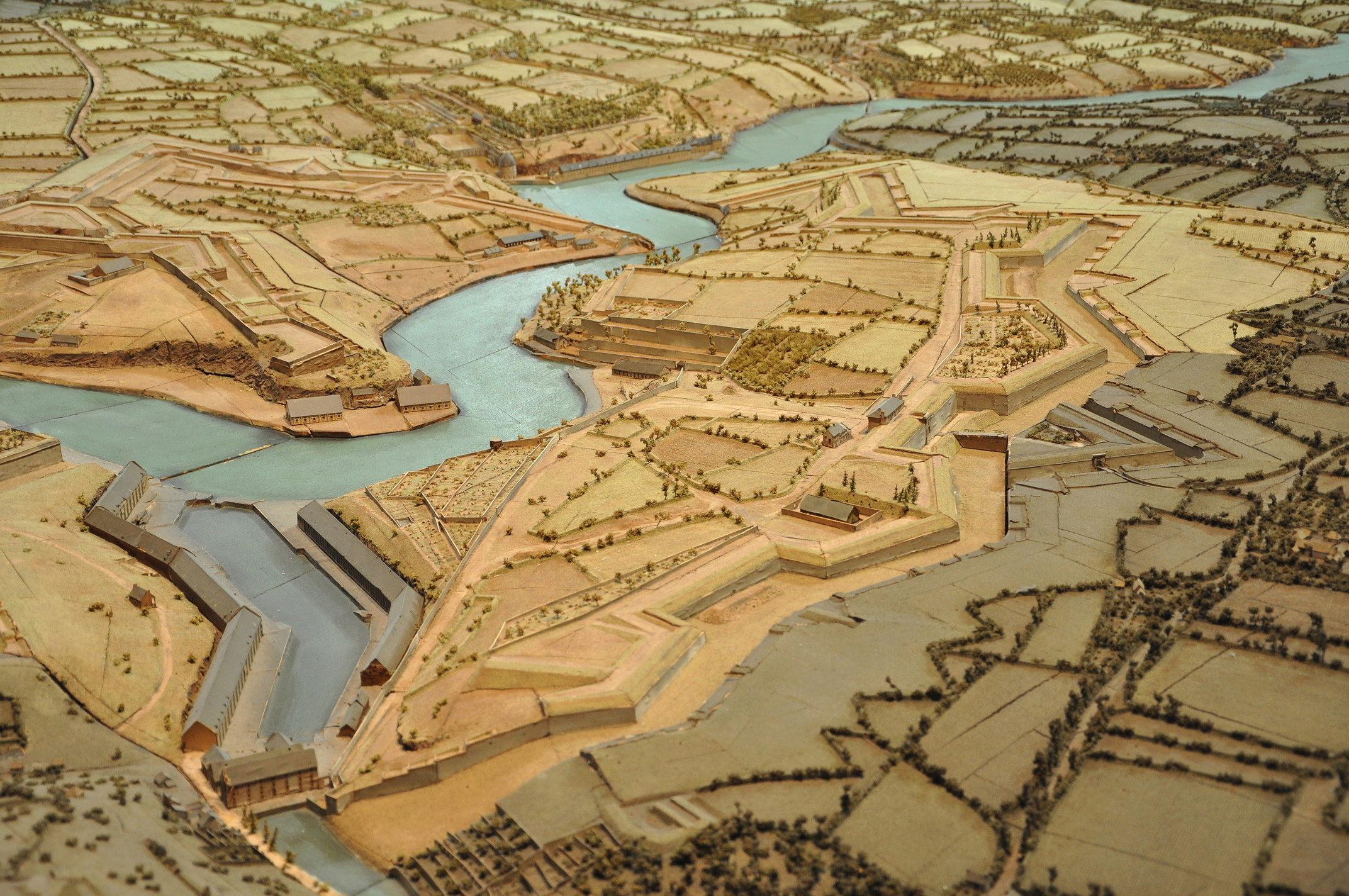NEW - Brest et ses remparts - Page 2 Dsc_2414