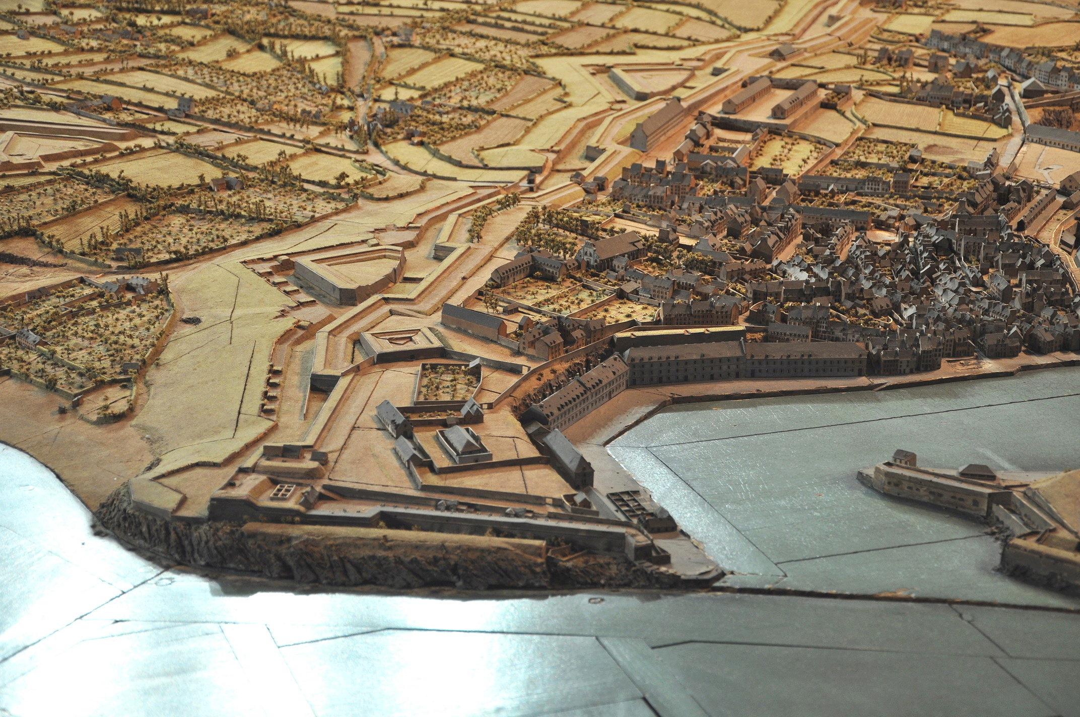 NEW - Brest et ses remparts - Page 2 Dsc_2423