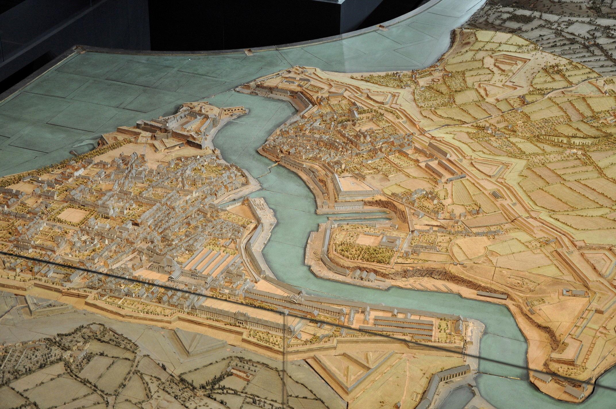 NEW - Brest et ses remparts - Page 2 Dsc_2511