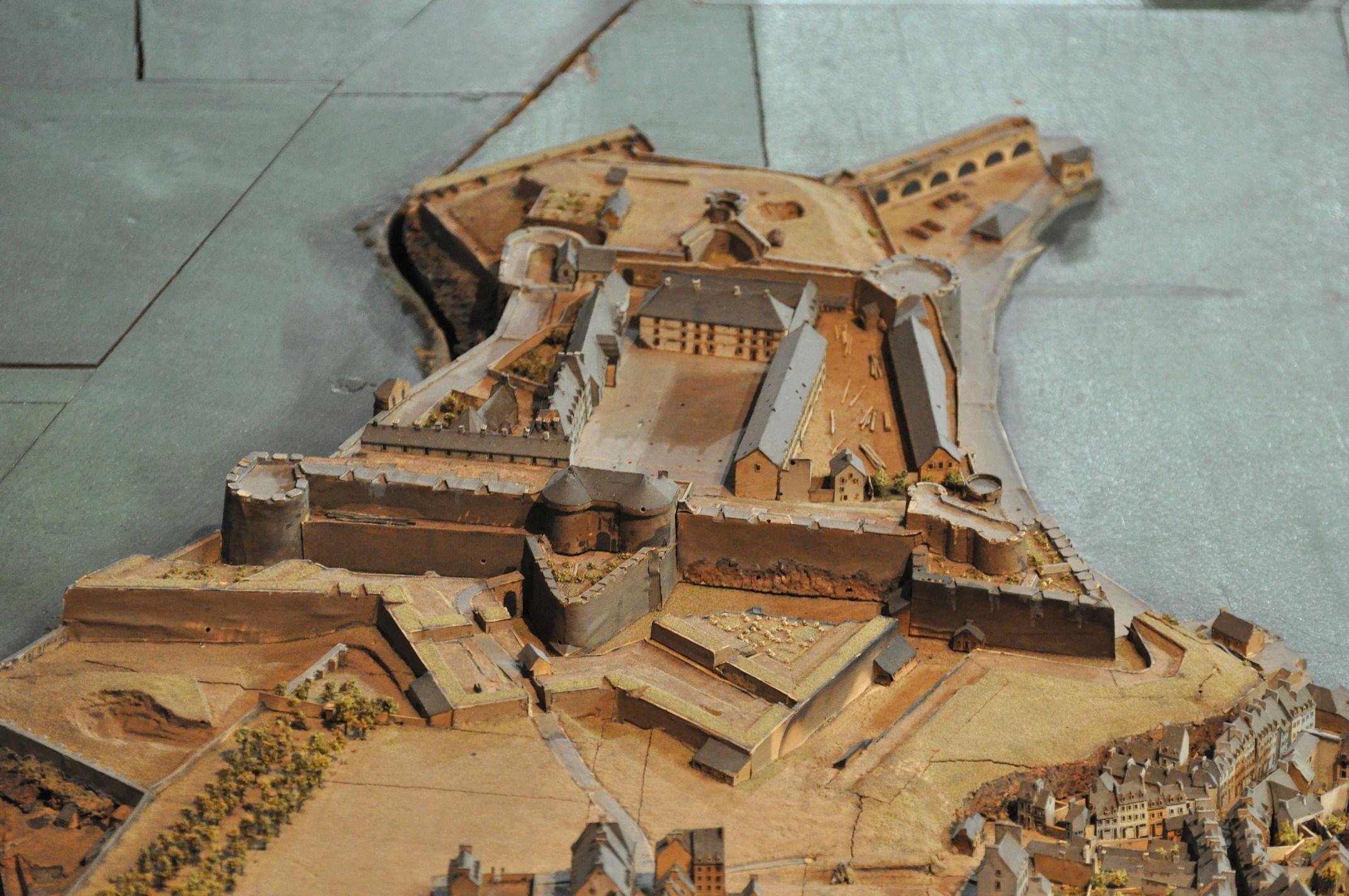 NEW - Brest et ses remparts - Page 2 Dsc_2513