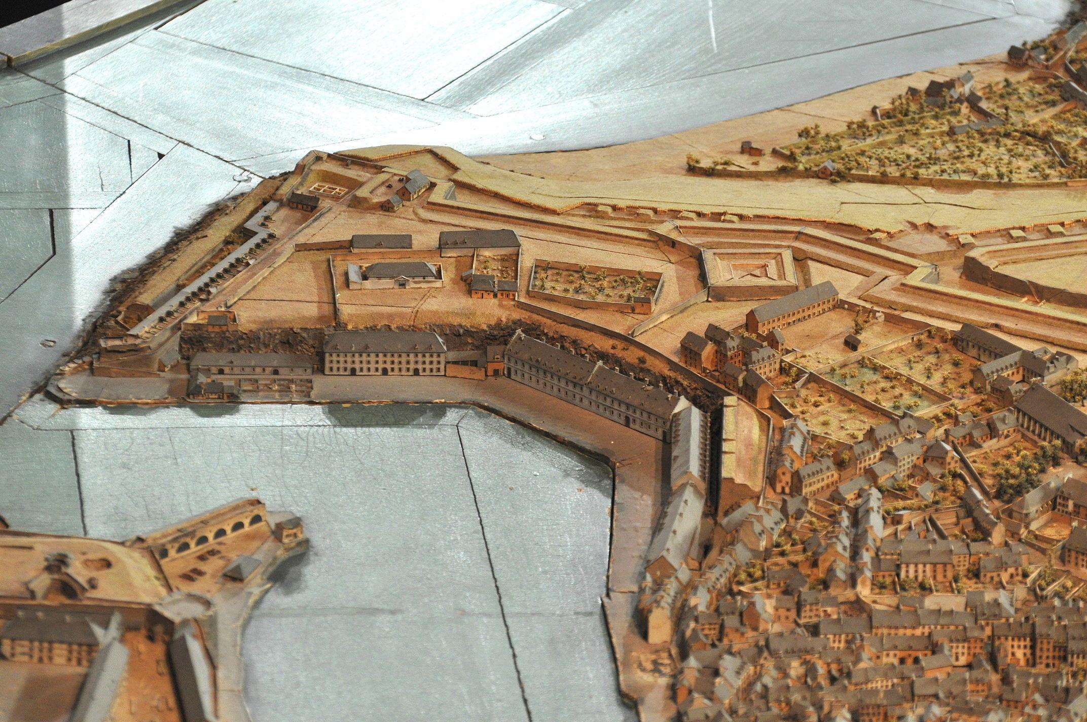 NEW - Brest et ses remparts - Page 2 Dsc_2514