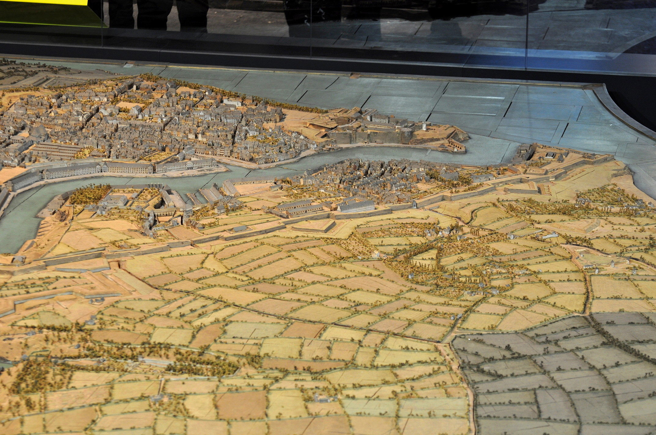 NEW - Brest et ses remparts - Page 2 Dsc_2519