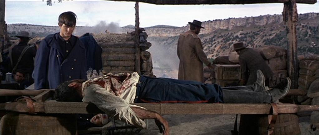 Week-end à Sad Hill avec trois copains: un bon, une brute et un truand 10c-1910