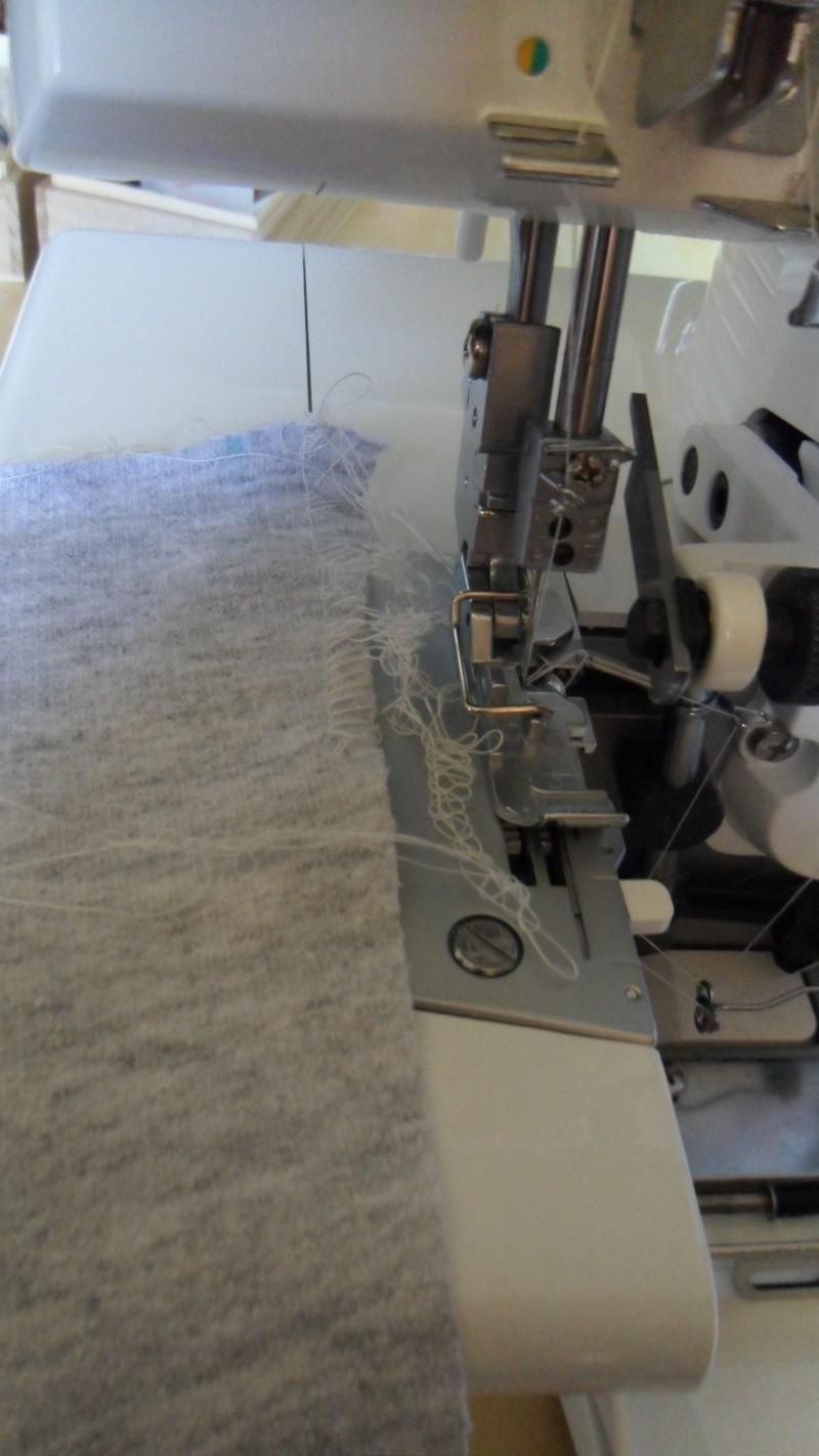 [SURJETEUSE] Problème couture à la surjeteuse Sam_2623