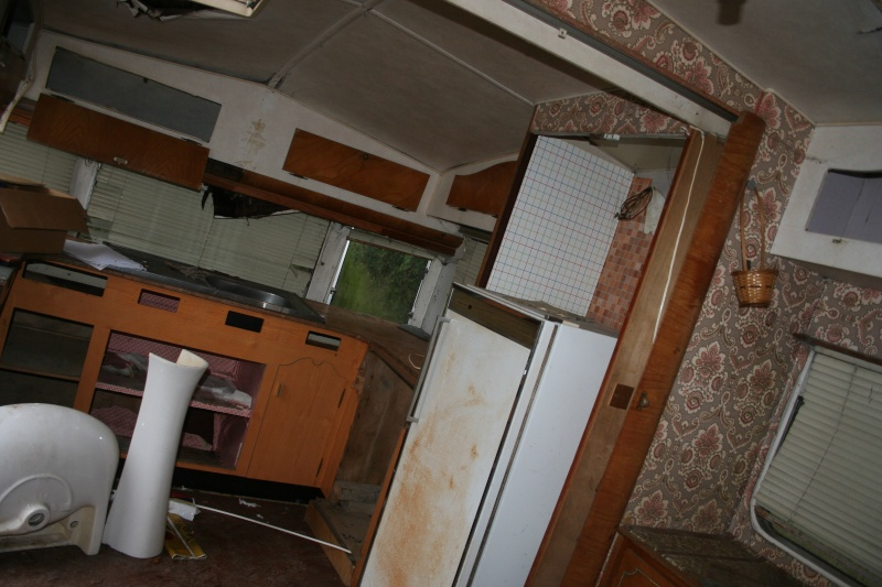 RESTAURATION DUNE CARAVANE TYPE MOBIL HOME THEILLAY 650 LOFT VINTAGE Jhgf_029