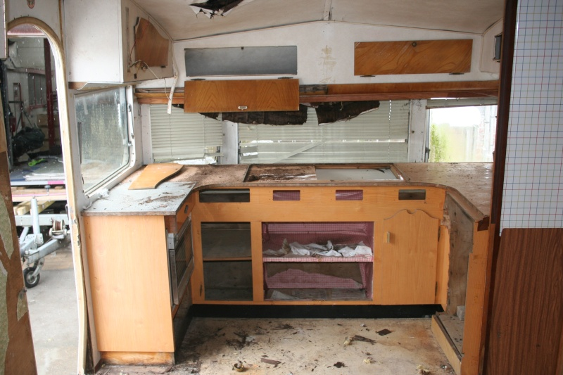 RESTAURATION DUNE CARAVANE TYPE MOBIL HOME THEILLAY 650 LOFT VINTAGE - Page 2 Jhgfds37