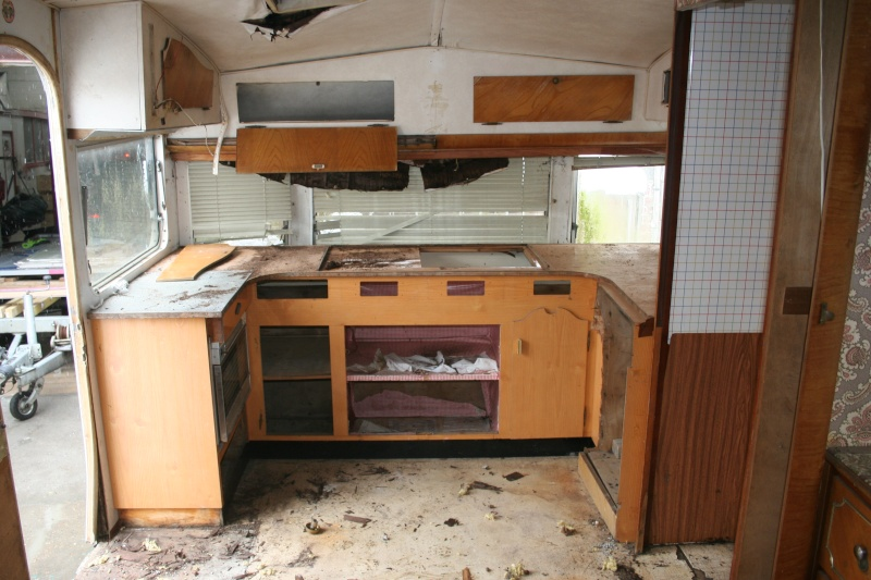 RESTAURATION DUNE CARAVANE TYPE MOBIL HOME THEILLAY 650 LOFT VINTAGE - Page 2 Jhgfds38