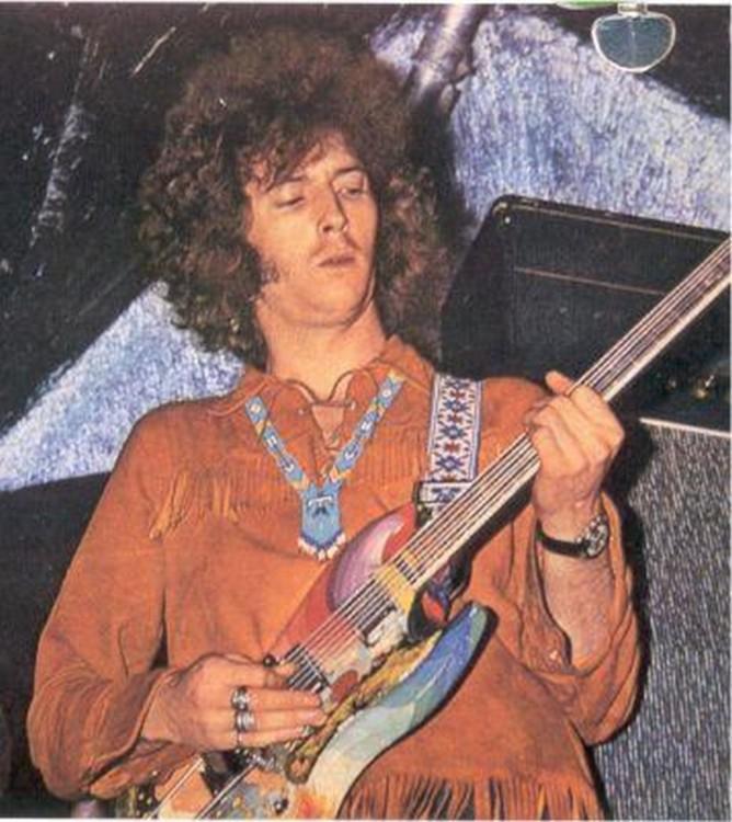 Les 1000 visages d'Eric Clapton - Page 5 22657310