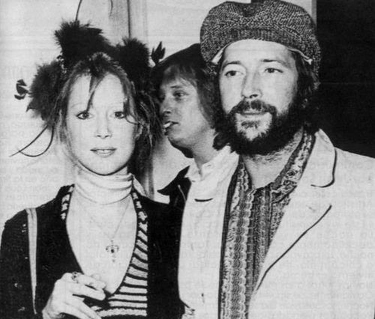 Les 1000 visages d'Eric Clapton - Page 5 32100010
