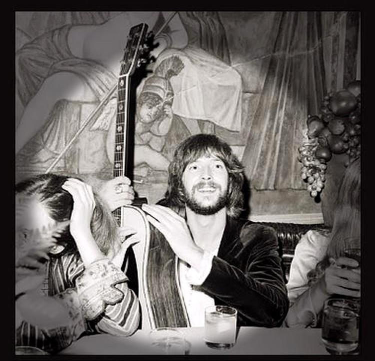 Les 1000 visages d'Eric Clapton - Page 5 53590710