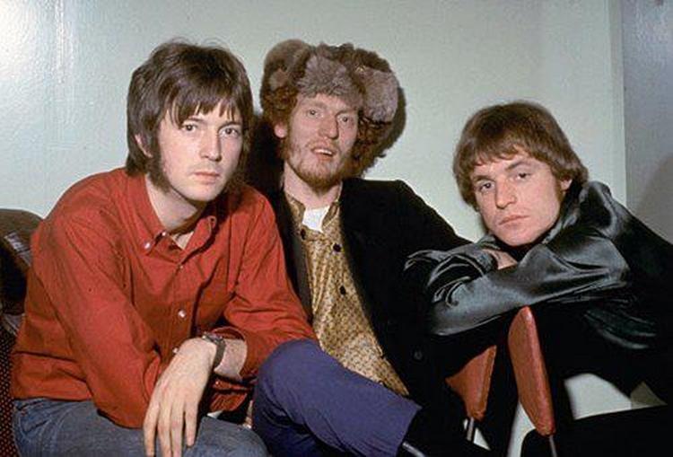 Les 1000 visages d'Eric Clapton - Page 5 53767210