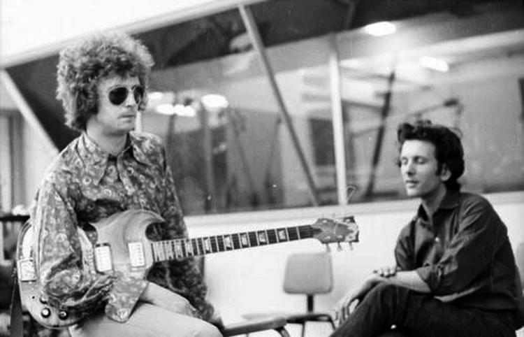 Les 1000 visages d'Eric Clapton - Page 5 55030910
