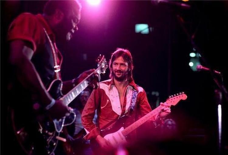 Les 1000 visages d'Eric Clapton - Page 5 55796710