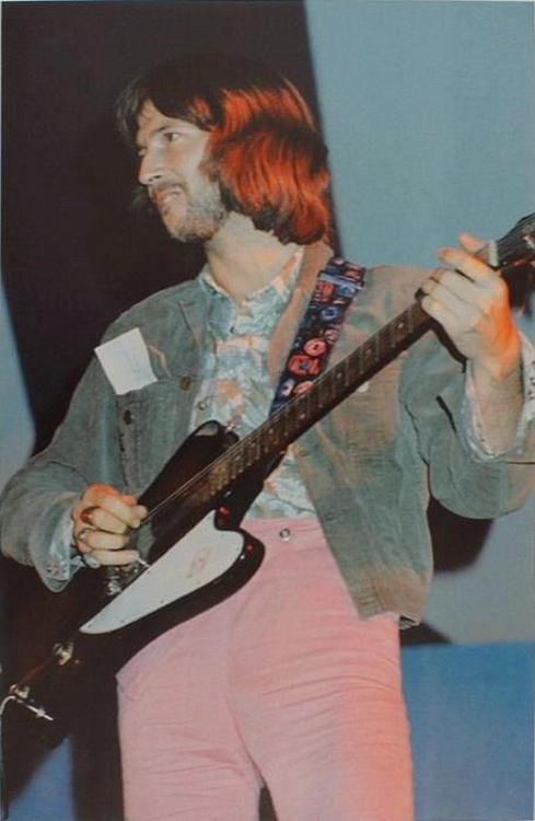 Les 1000 visages d'Eric Clapton - Page 5 55839510