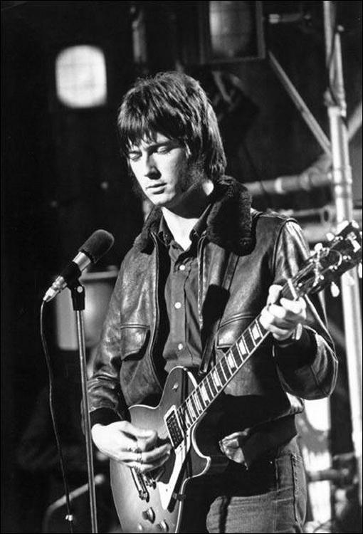 Les 1000 visages d'Eric Clapton - Page 5 55933510