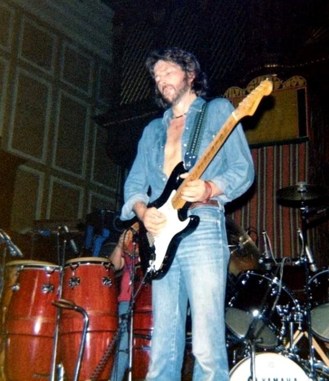 Les 1000 visages d'Eric Clapton - Page 5 56310510