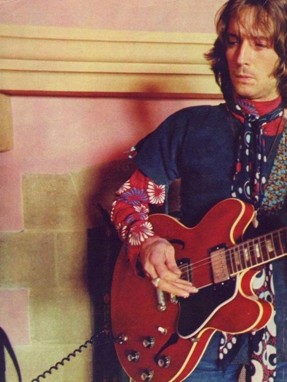 Les 1000 visages d'Eric Clapton - Page 5 60012310
