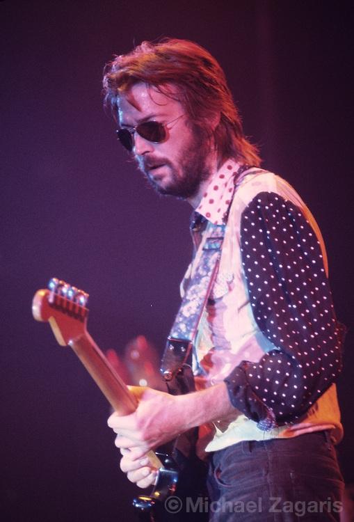 Les 1000 visages d'Eric Clapton - Page 5 Clapto12