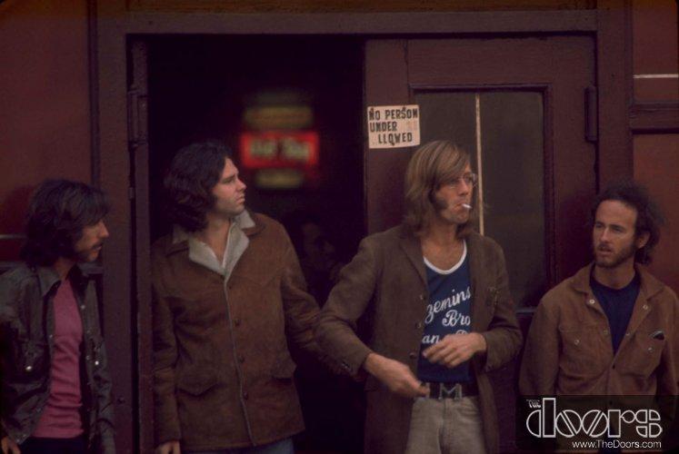 The Doors : Morrison Hotel (1970) Henryd16