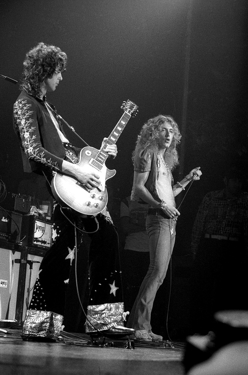 Pictures at eleven - Led Zeppelin en photos - Page 6 Hg10
