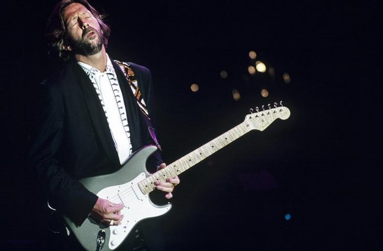 Les 1000 visages d'Eric Clapton - Page 6 Sho90010