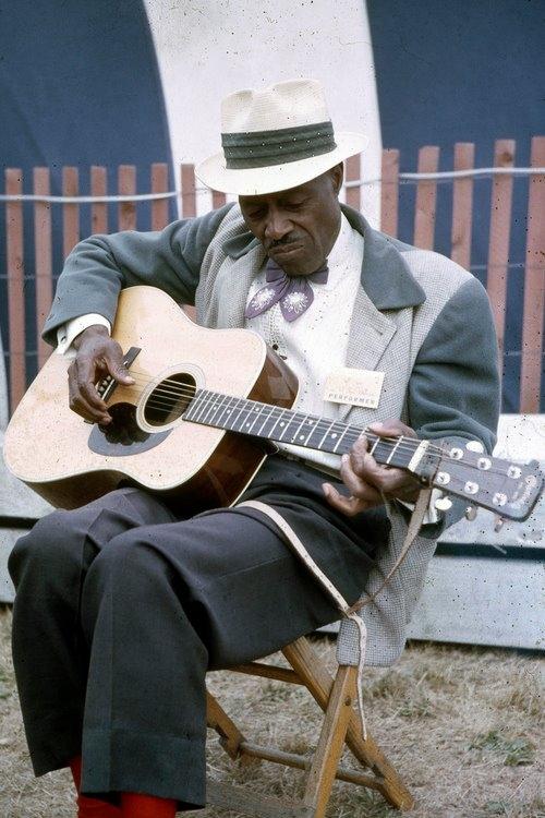 Quelques photos de blues - Page 2 Son_ho11