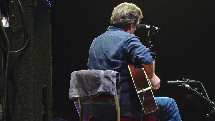 Les 1000 visages d'Eric Clapton - Page 5 Tumbl100