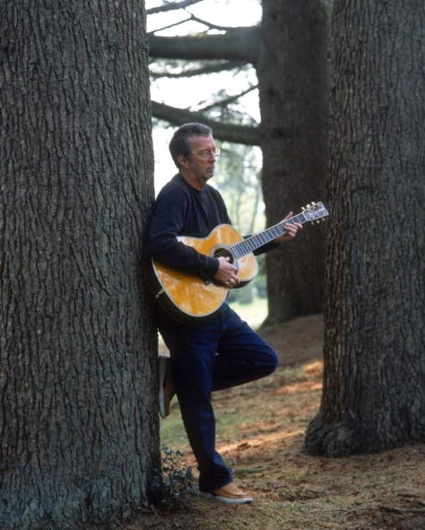 Les 1000 visages d'Eric Clapton - Page 5 Tumbl101