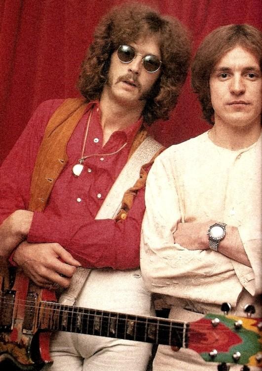 Les 1000 visages d'Eric Clapton - Page 5 Tumbl110