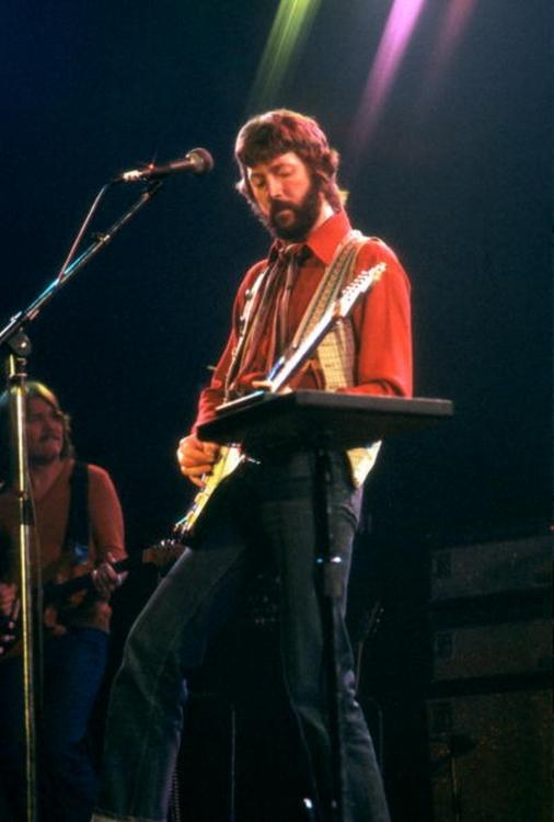Les 1000 visages d'Eric Clapton - Page 6 Tumbl121