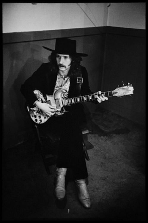 Les 1000 visages d'Eric Clapton - Page 5 Tumblr37