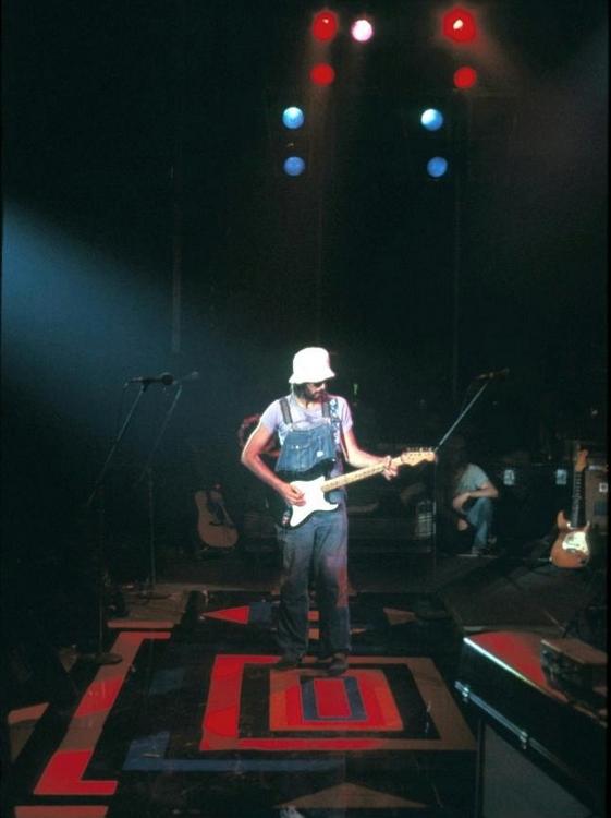 Les 1000 visages d'Eric Clapton - Page 5 Tumblr58