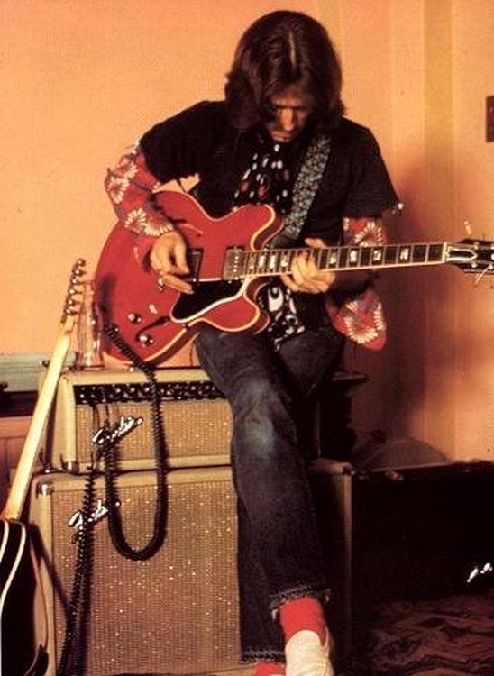 Les 1000 visages d'Eric Clapton - Page 5 Tumblr89
