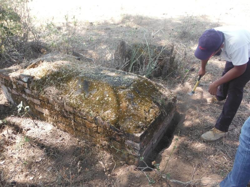 Las tres tumbas... versión chiapaneca. Dscf1914