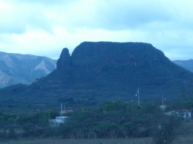 Cerro del Chumpa, lugar de misterio. P1000210